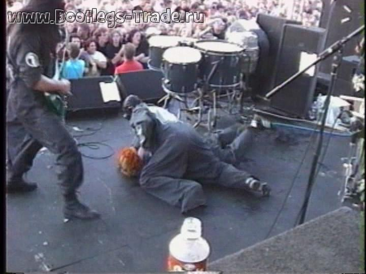 Slipknot 1999-11-09 Welcome To Our Neighborhood (Official)